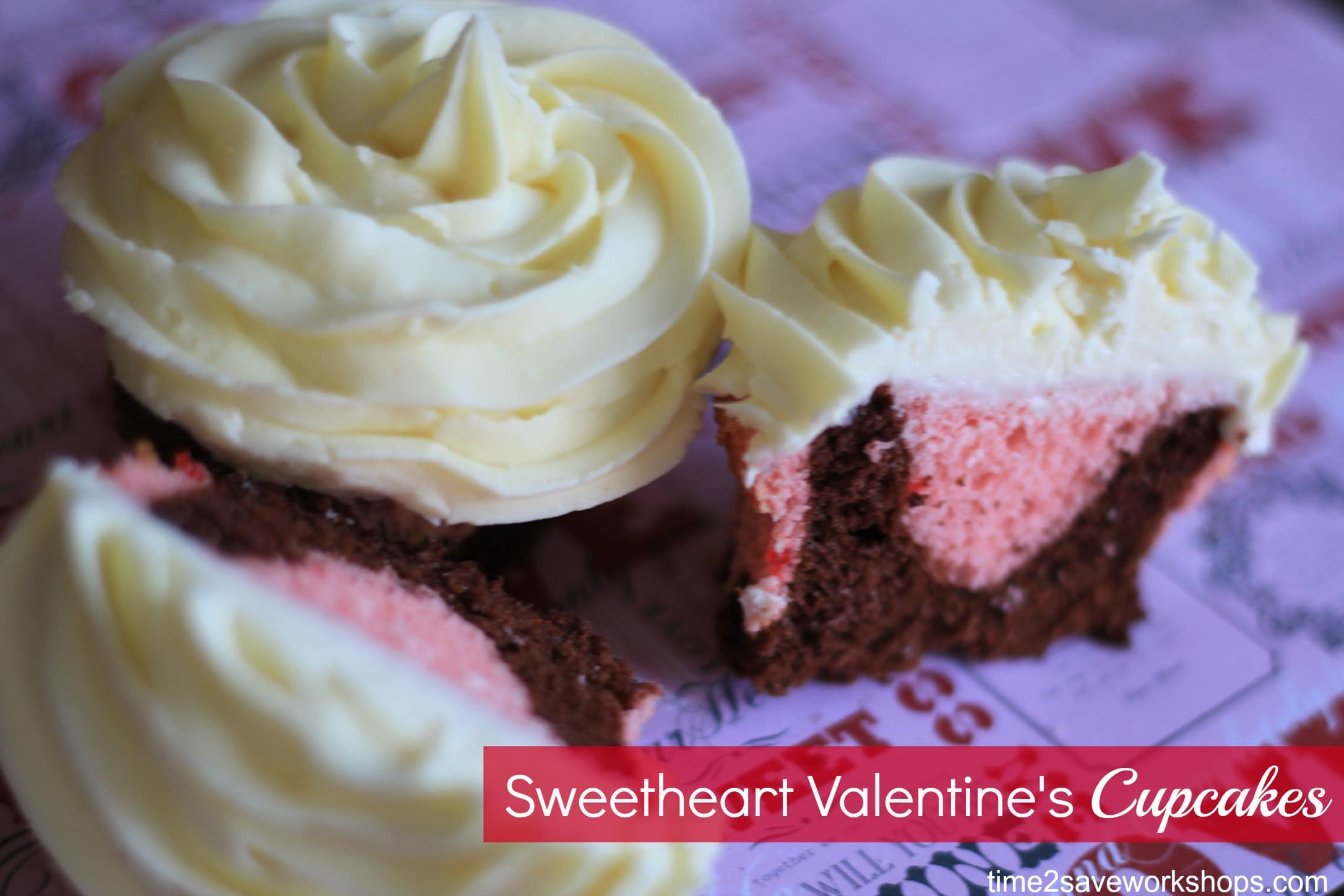 Valentine Cupcakes: Strawberry & Chocolate Sweetheart Baking Bliss ...
