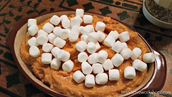 pumpkin-dip-marshmallows