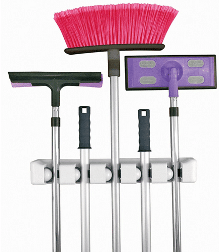 broom-holder-13