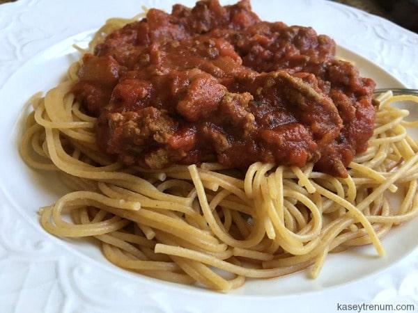 how to make homemade tomato spaghetti sauce