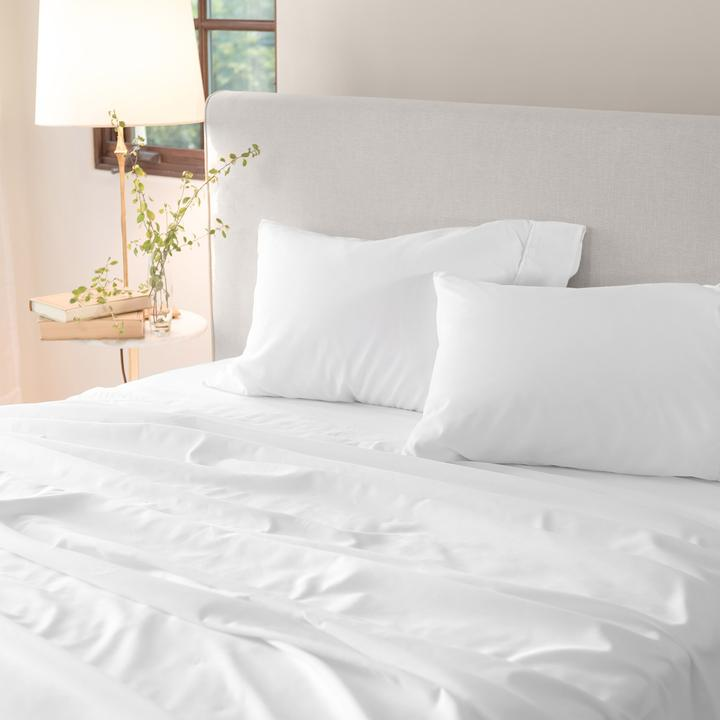 LUX Sheet Set On Bed White 0366 720x720 Crop Center