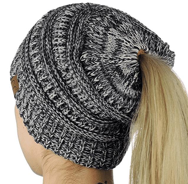 ponytailbeanie