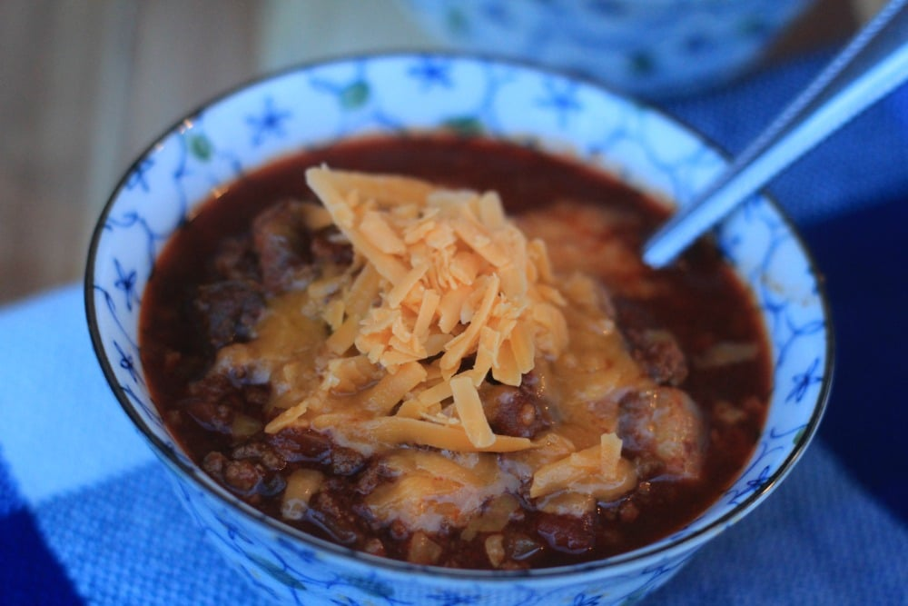 Make our Keto Chili Recipe as a great comfort food recipe that everyone in the house will love!  Top with your favorite cheddar for a hearty meal that is low carb friendly.