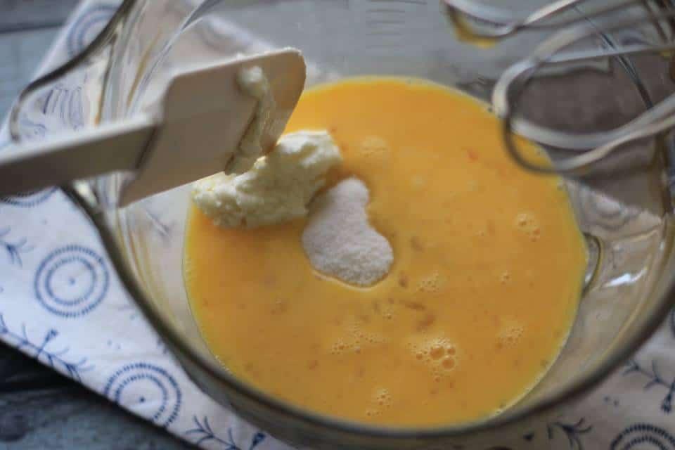 Cream Cheese Lemon Poppyseed Muffins