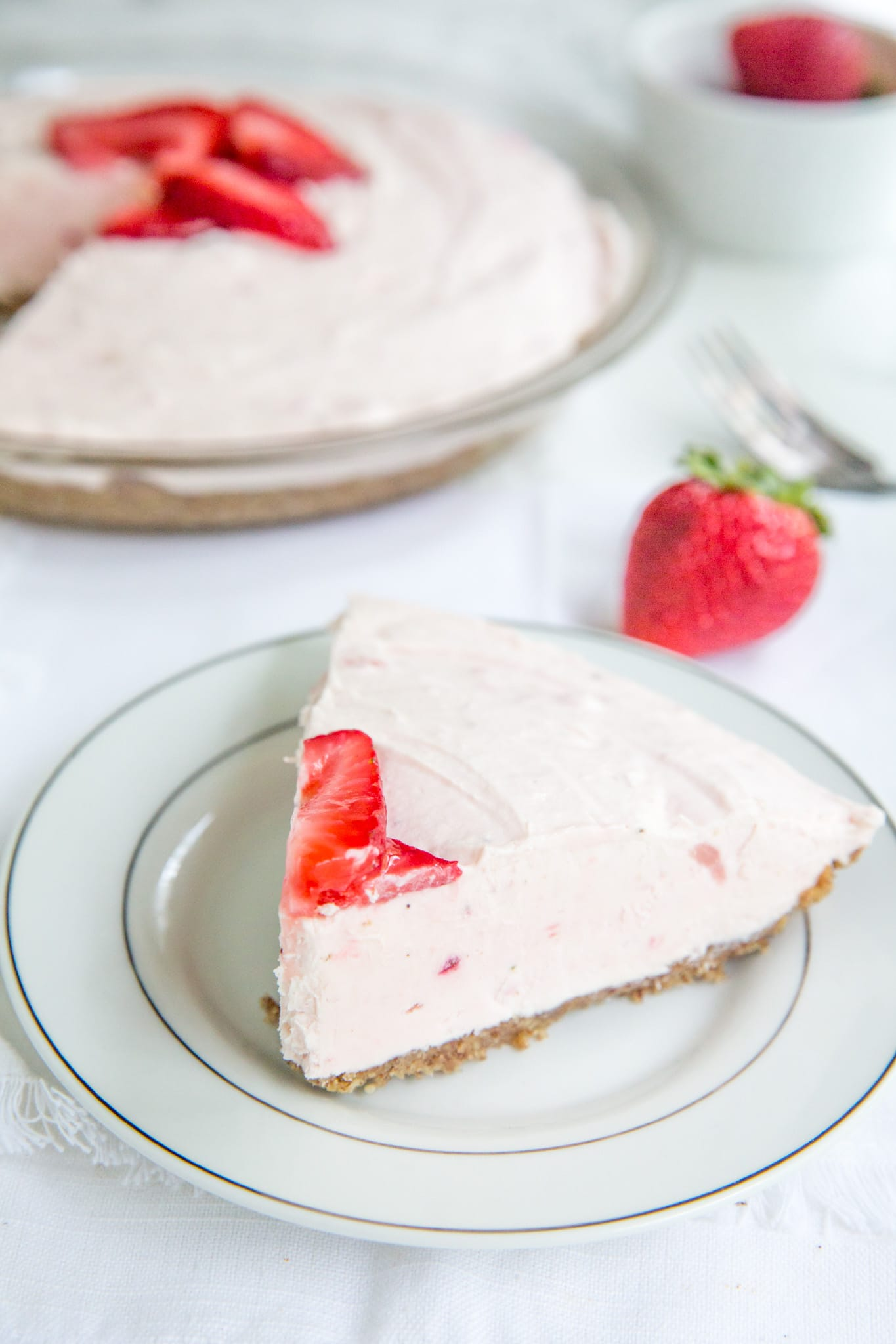 sugar free low carb strawberry pie plated on a white plate