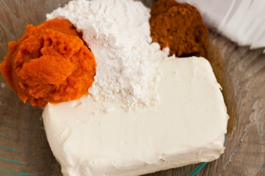 Make our Keto Pumpkin Fluff Fat Bombs Recipe as a great treat that everyone will enjoy during the holiday season! Pumpkin is a great keto friendly food!