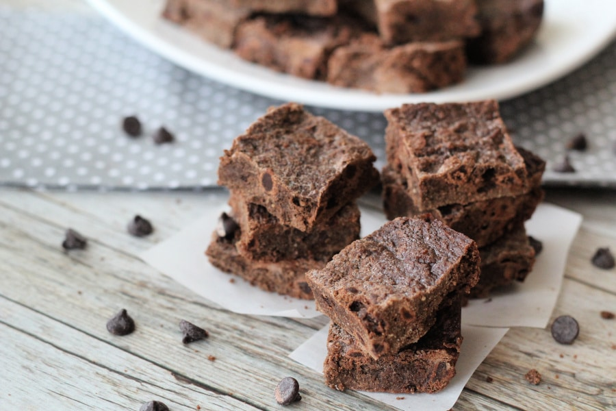 These Easy Fudgy Brownies are amazingly fudgy and delicious!