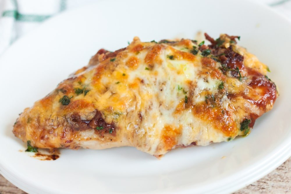 low carb monterey chicken breast plated