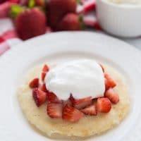 90 second keto strawberry shortcake